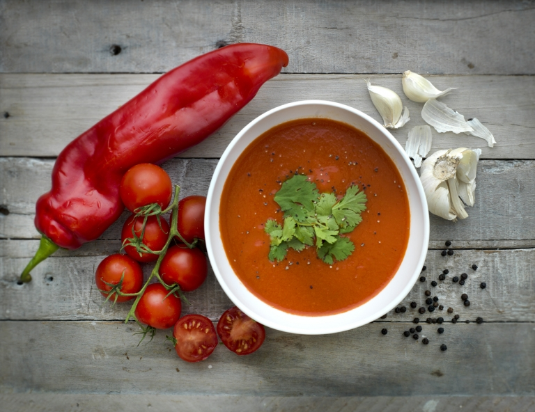 dairy-free tomato and pepper soup