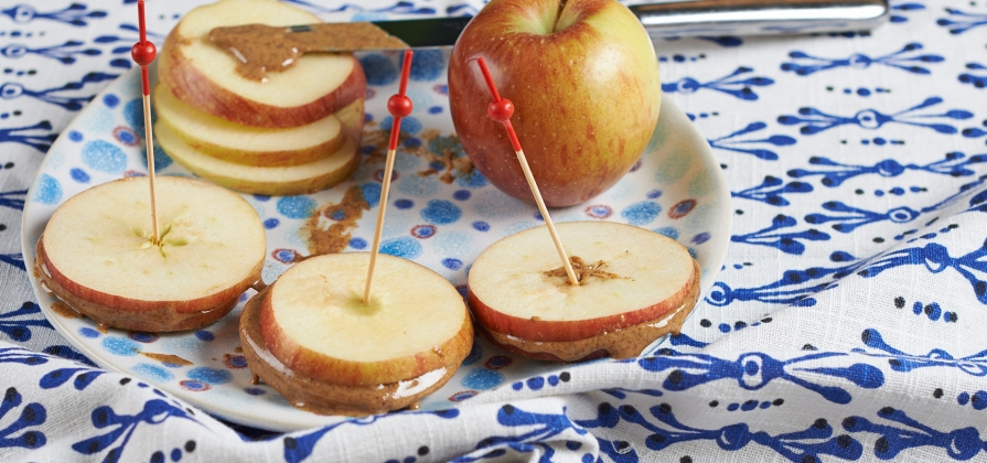 almond butter & apple sliders