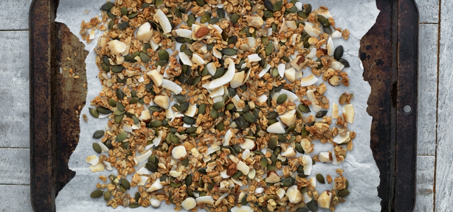 low-sugar granola