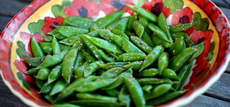 sugar snap peas in sesame vinaigrette