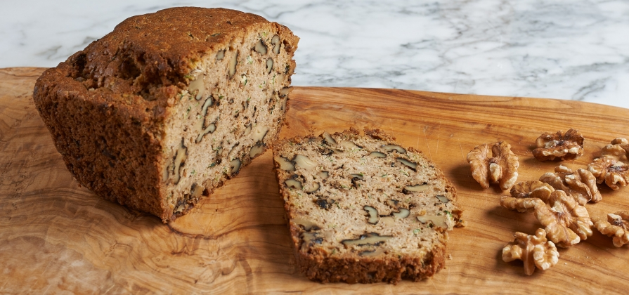 courgette and walnut bread